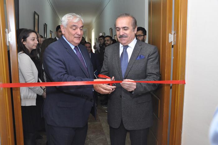В Азербайджанском университете языков открылась аудитория имени ученого-языковеда Исмихана Рагимова