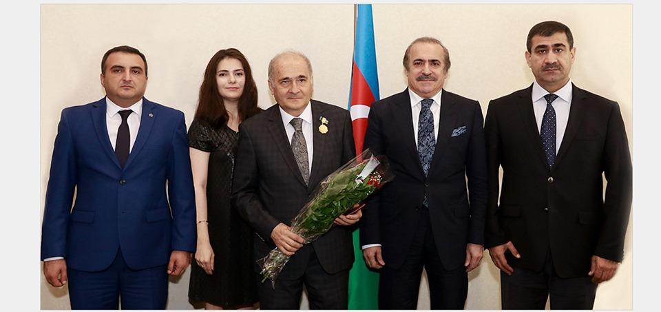 Azərbaycanlı alimə yubiley medalı təqdim olunub
