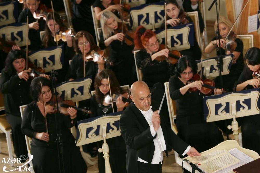 Filarmoniyada Yalçın Adıgözəlovun 60 illiyinə həsr olunmuş konsert keçirilib